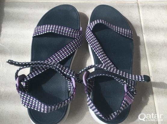 Fitflop purple and white sandals size 6 UK