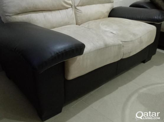 Sofa set and table