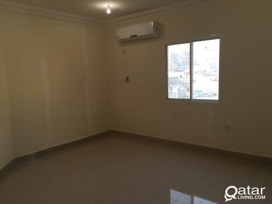 ROOM  IS RENT FOR EXECUTIVES BACHELOR AT NAJMA  DOHA JADEED