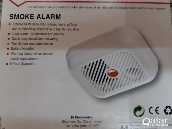 Smoke detector (Battery operated / Standalone detector)