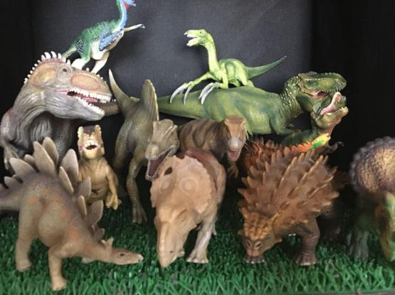 Dinosaurs - Collectors Edition
