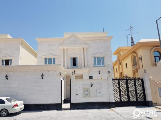 For rent in the Maamoura area, Super Deluxe with elevator
