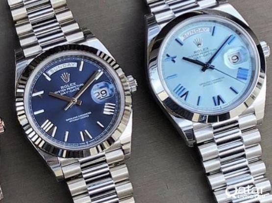 STUNNING BLUE DIAL DAY DATE FAMILY ON HANDS