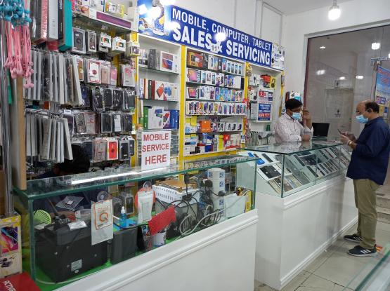 Mobile phone repairs  Display change  Battery repl