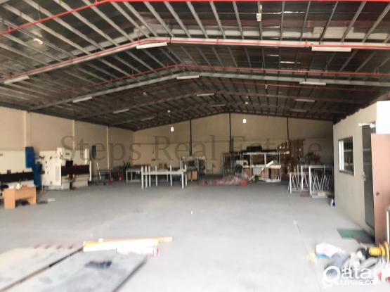 700 Sqm Steel Fabrication Warehouse available