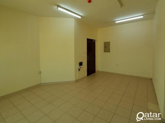 3bhk Unfurnished with split Ac flats close to carpet centre