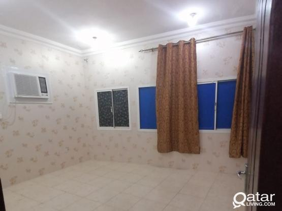 2-BHK Beautiful Flat Apartment Available For Family In OLD AIRPORT back Of HABEEB Restaurant