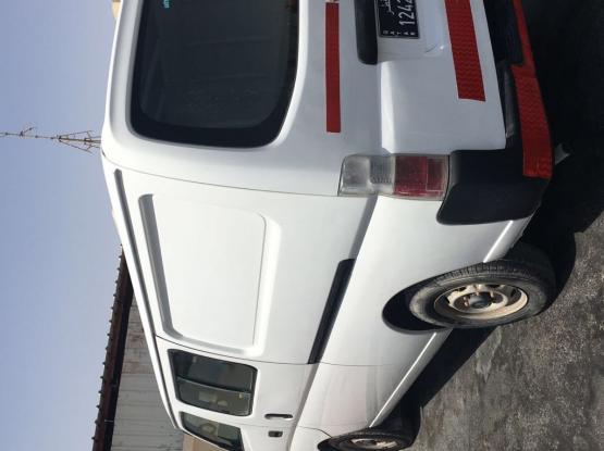 Nissan Urvan 2005