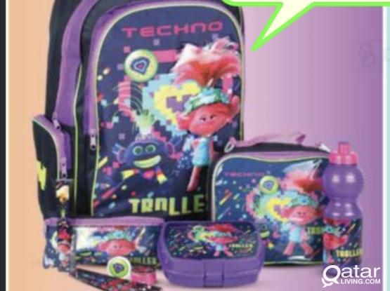 Girls school bag (brand new)