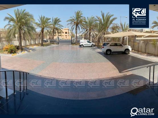 Commercial villa for rent in Al Hilal
