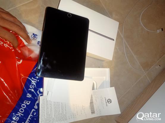 iPad mini 5 .64GB Good condition like brand new one hand use6 month warranty