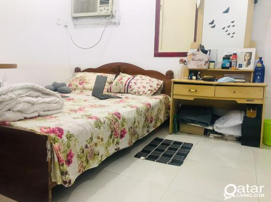Family studio furnished available old airport