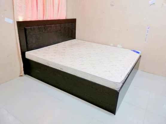 For sale king size bed. Negotiable price...
