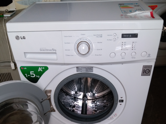 Washing machine for sell call me70697610......