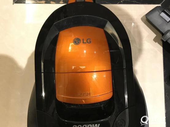 LG vacuum cleaner 2000w