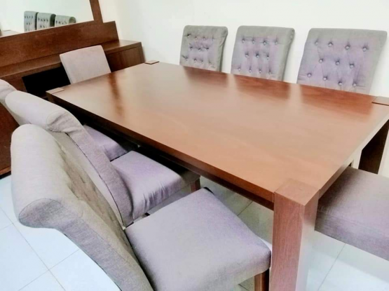 For sale dining table set. Negotiable price