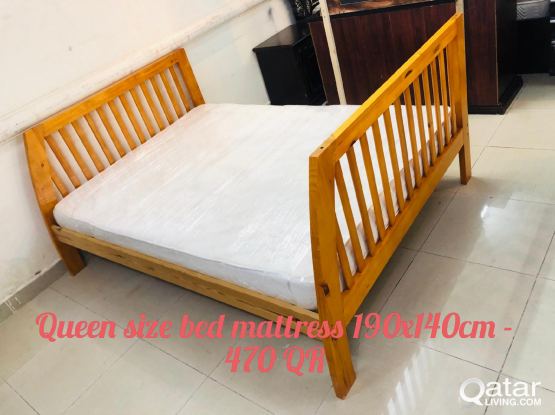For sell wooden Queen size bed mattress 190x140 cm