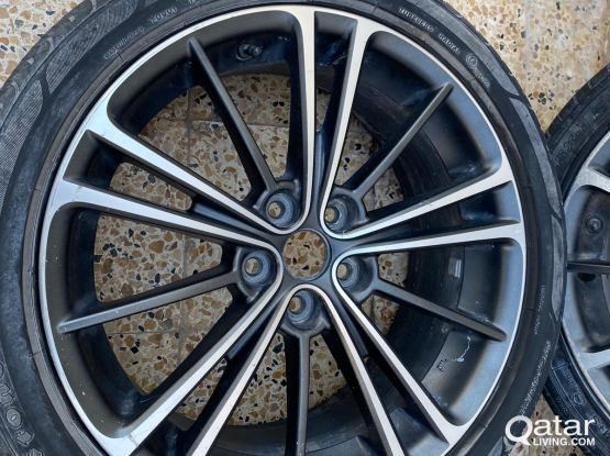 Alloy wheels 17'  - Made in Japan
