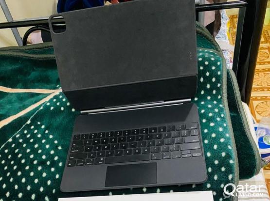 Apple iPad Pro Magic Keyboard 12.9 for Sale