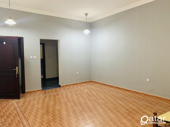 Spacious studio without partition for rent At thumama for family Room 6x6