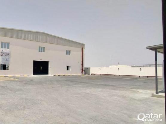2400 Sqm Store 24 Rooms for rent in Birkat Al Awamer