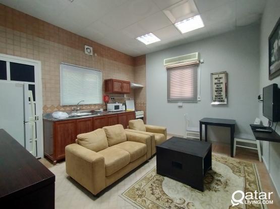 One Bedroom Apartment w/ Housekeeping
