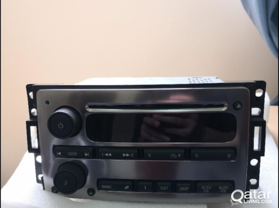 Hummer H3 CD Player (original)