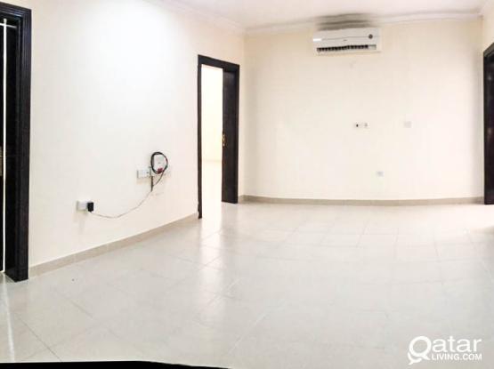Unfurnished, 3 BHK Apartment in Aziziya