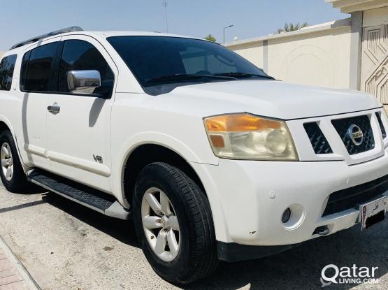 Nissan Armada SE 2012