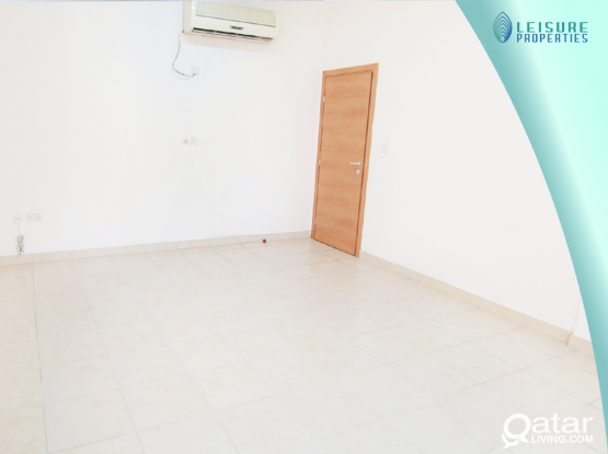 No Commission ! 3 BHK Unfurnished Apartment in Fereej Abdel Azeez (LP 101438)