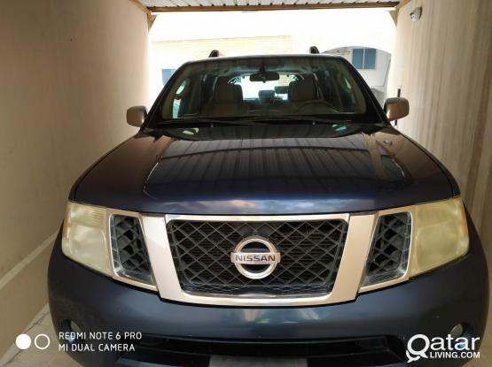Nissan Pathfinder SE 2012