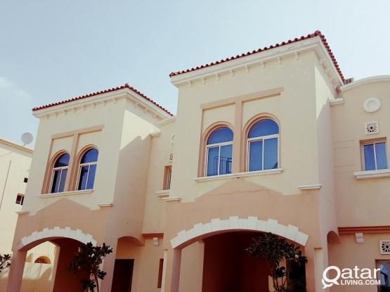 SPACIOUS 3 BED SEMI FURNISHED VILLA 1 MONTH FREE (NO COMMISSION)