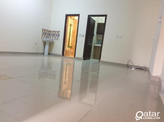Ground Floor Spacious 1bhk Available Thumama Near Health Center