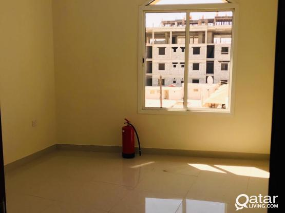 3 bedrooms unfurnished'  N0 HALL ' for exicutive staff at old airport