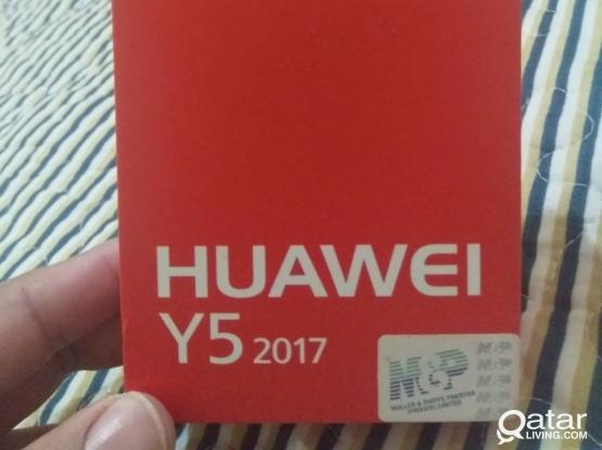 Empty box oppo A12 and Huawei y5