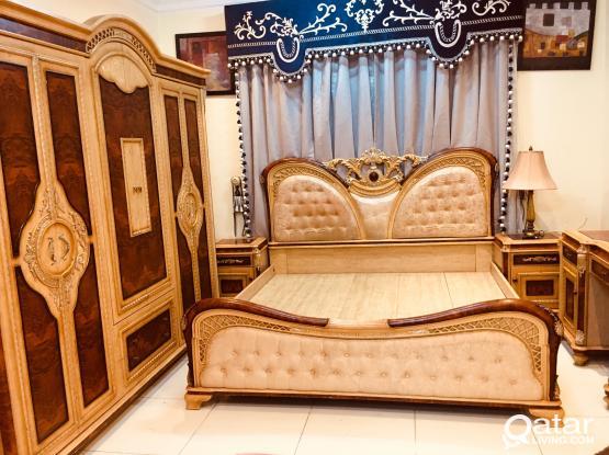 Bedroom set for sale king size..