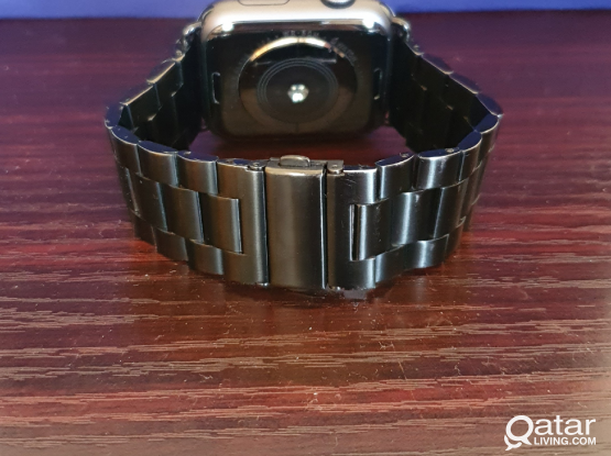 Apple watch series 4 44mm gps FIXED PRICE