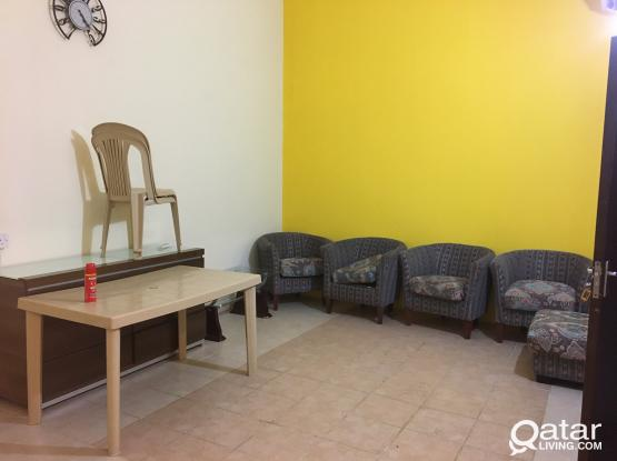 family//executive /1bhk fully furnished/unfurnished ground floor in hilal-nuaija