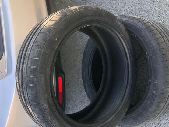 Tyre New 215/45ZR17
