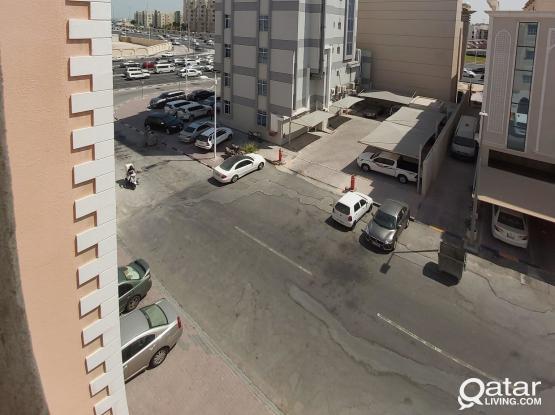 2 bhk apartment, bin omran,near green mosque