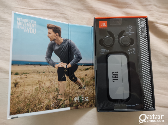 JBL Refect Flow earbuds Brand New
