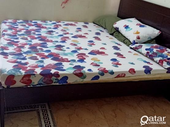 KING SIZE BED + MATTRESS - 300