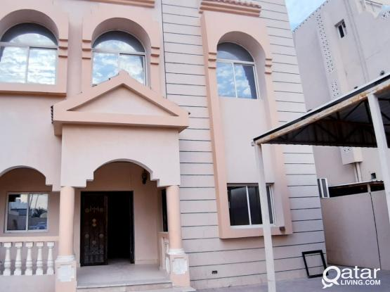 5 BHK + Maid Room Villa ( Partition Allow) For Sharing Family Or Ladies Staff