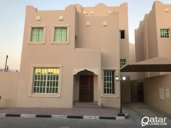 5 bhk bachelors compound villa for rent in Abu hamour