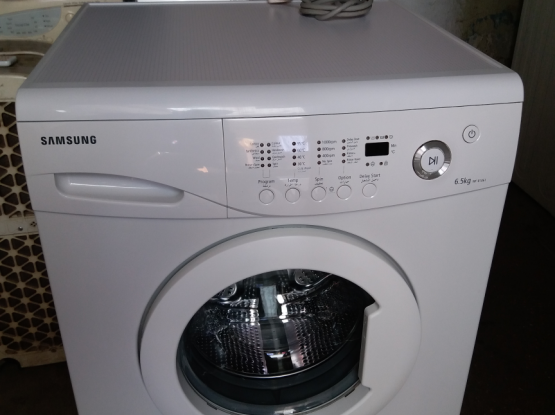 Washing machine for sell call me70697610...