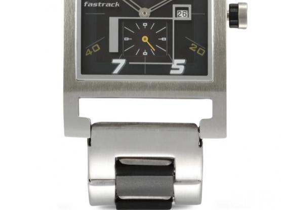 Fastrack stainless steel watch good working condition