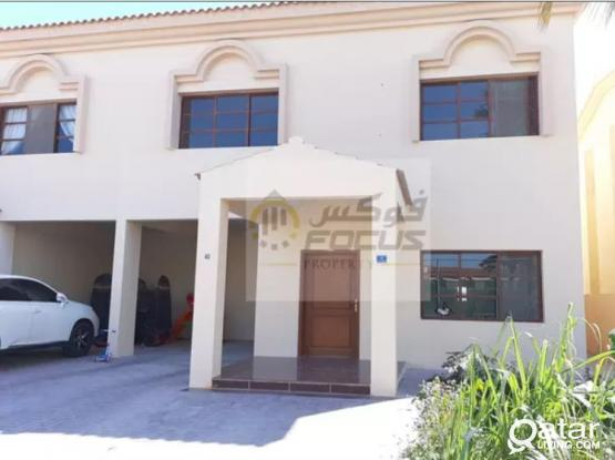 No Commission 1 month free Very spacious 3+1 maid room semi/f compound villa.....