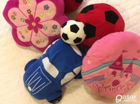 Kids Decorative Cushions (x6) New Condition!