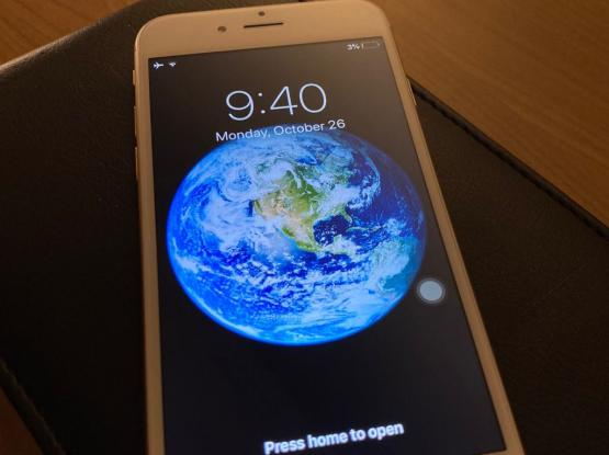 Apple iPhone 6 - Gold - Perfect Condition
