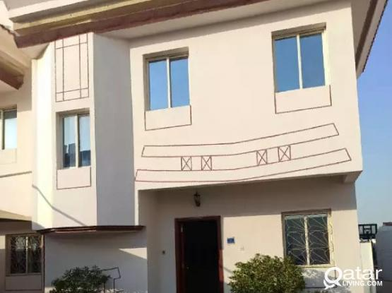 No Commission! 4 Bedroom compound villa in Aziziya
